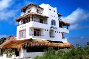 El Hotelito Beach Hotel