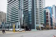 Red Maple Suites - Front Street